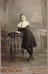 Лида Перова-гимназистка