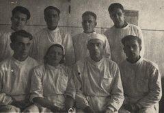 Медики в Центральной больнице для заключенных «Левый берег»