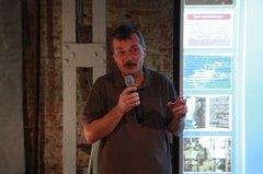Александр Ригосик выступает на презентации собрания сочинений В.Т. Шаламова