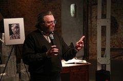 Дмитрий Зубарев выступает на презентации собрания сочинений В.Т. Шаламова