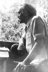 Шаламов на даче Н.Я. Мандельштам. Фото 1965-66 гг.